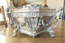 Metal Trinket/Casket/Jewelry Box, Age unknown!