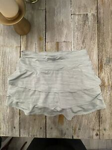 Athleta Tennis Ruffle Skirt Skort S Small EUC