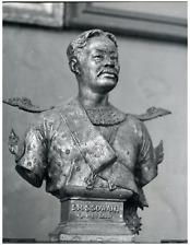 Buste de S. M. Sisowath, roi du Cambodge  Vintage silver print Tirage argentiq