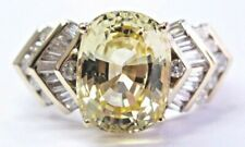 Unheated Oval Yellow Sapphire Baguette Diamond Yellow Gold Ring GIA 6.92Ct 18Kt