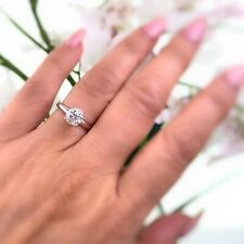 LEO Round Diamond 1.01 cts Solitaire Engagement Ring Platinum and 18K White Gold