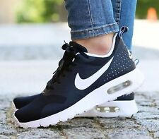 Nike Air Max Tavas Women's / Girls Trainers. Size 5 UK. New And Boxed.