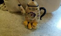 Collectibles Coffee Pot clocks Battery Operated In Working Condition Battery...