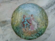 Plat porcelaine décor scène romantique en sous bois d'époque 19ème