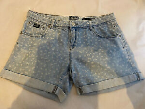 SUPERDRY Boyfriend Fit Short Light Blue Denim Muted Floral Pattern Shorts W28