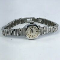 Vintage Caravelle Womens Wind Up Silver Tone Stainless Steel Analog Watch
