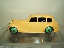 DINKY TOYS modèle No.40b Triumph 1800 berline type 2nd Plaque