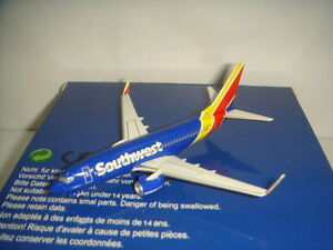 "Aeroclassics 400 Southwest Airlines WN B737-700WL ""2014s New color"" 1:400"