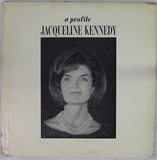 Jacqueline Kennedy 33 tours  A profile