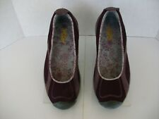 Women's KEEN Burgundy Leather and Mesh Walking Shoes size 7.5
