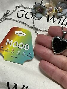 New! Necklace Mood Locket Hearts Stainless Steal ✨