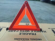 GENUINE HOLDEN SAFETY TRIANGLE HAZARD SIGN VT VX VY VZ VE VF WH WK WL WM HSV