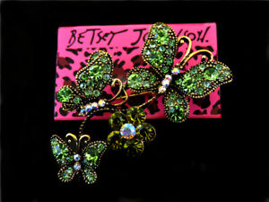Betsey Johnson Fashion Vintage Crystal Butterfly Flower Brooch Pin