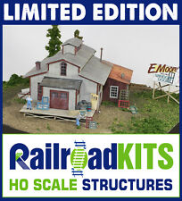 E.L. Moore Window & Door - 2015 EXPO Show kit - HO Scale Craftsman Structure LE