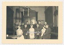 Foto NS-Schwestern-Ärmelabzeichen-Soldaten 2.WK (b353)