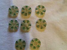 8 boutons fleur jaune et vert vintage