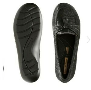 Clarks Women's Size 9M - Ashland Bubble Leather Closed Toe Black Interest