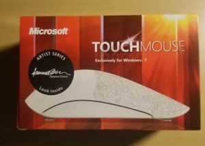Microsoft Touch Mouse Limited Edition Artist Series - Cheuk - touchpad on mouse