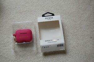BNIB GUESS AirPods SILICONE CARRY CASE - GLITTER PINK