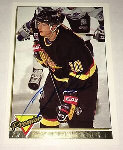 1993-94 Topps Premier #260 Autographed Pavel Bure  Canucks Signed Hockey Card !