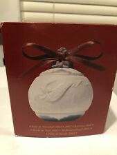 Lladro Limited Edition Porcelain 2002 Annual Christmas Ball Ornament # 01016722
