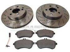 MERCEDES C220 CDi AMG W204 FRONT 2 DRILLED BRAKE DISCS AND PADS + WEAR SENSOR
