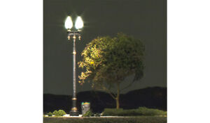 2 O-SCALE DOUBLE LAMP POST ST LIGHTS-JUST PLUG SYSTEM (#5648) WOODLAND SCENICS