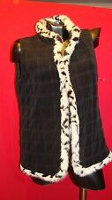 Chicos Travelers Black Quilted Vest Faux Fur Trim Lined Womens Size 0