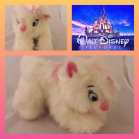 Rare Disney Store Stamped crouching Marie Aristocats Soft Toy Plush Fluffy
