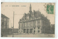 93 Saint Denis, the Town Hall