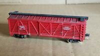 NS5 N Scale Box Car Micro Train Couplers SLSX Cattle Car swift red weathered frd