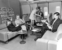 1960 BRANIFF AIRLINES FIRST CLASS AVIATION LUXURY 8X10 PHOTO STEWARDESS BEAUTY