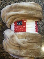 The Big One Plush Throw 5 x 6 ft long medium solid beige throw/ blanket new