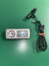 SanDisk SDMX1-1024R 1GB Digital Audio MP3 Player Voice Recorder