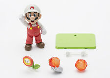 Super Mario Bros. - Fire Mario S.H. Figuarts Action Figure (Bandai)