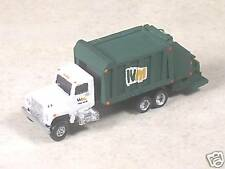 N Scale 1990 International Green WM Garbage Truck