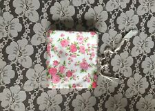 Vintage Satin Pink Roses Compact Lingerie Case Travel Hosiery Accessory Sock