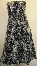 DEBUT stunning fitted black & white embroidered dress size 10 Only worn once