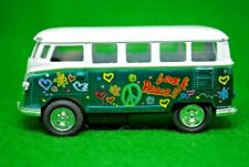 Motorized 1:64 VW Volkswagen 1962 Microbus in Love & Peace Livery Made in China