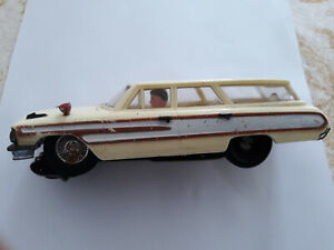 1/24 scale Vintage slot car Ford Station wagon