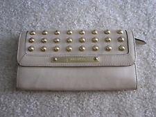 B Makowsky White Ivory Studded Envelope Wallet Stud Gold Clutch Bag Purse NICE