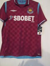 West Ham 2009-2010 Home Squad Signed Football Shirt with COA BNWT /42075
