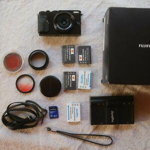 Fujifilm X70 Black 16.3MP Compact Digital Camera - Black