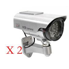 2Stk Solarenergie Kamera Dummy Überwachungskamera Attrappe Fälschung AT