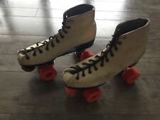 Vintage Theme Women's Size 9 Roller Skates Tan and Orange Great Condition
