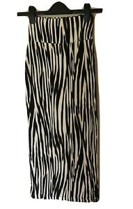 Ladies METALICUS Stretch Bodycon Knit Pencil Skirt. Size XS. GUC
