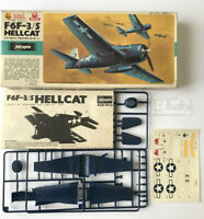 Vintage WW2 US Navy Fighter U.S.Navy F6F-3/5 Hellcat Hasegawa Model Kit - 1/72