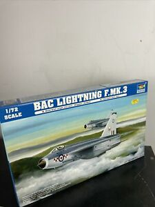 Trumpeter 01635 BAE Lightning F.3
