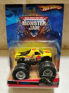 Hot Wheels MONSTER JAM SUZUKI EQUIPO OFICIAL