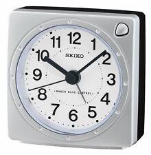 60c6e9f24c3e Seiko Reloj Despertador De Ondas De Radio Control elección de colores  qhr201s k l vendedor Reino Unido